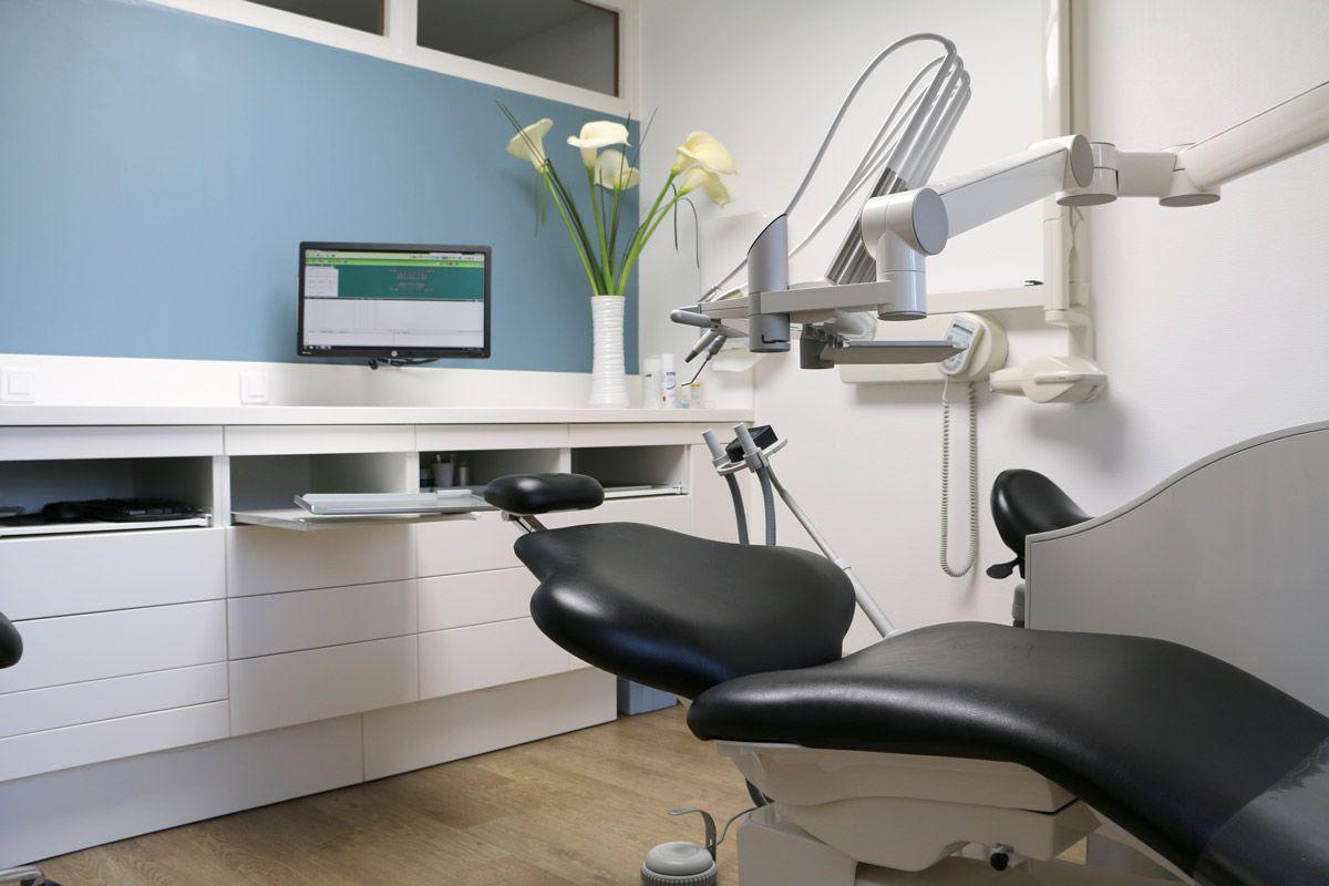 Centre dentaire : quelle est l'utilité d'un détartrage ?